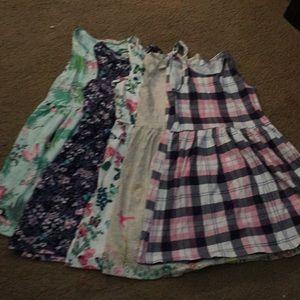 Sleeveless and short sleeves dresses